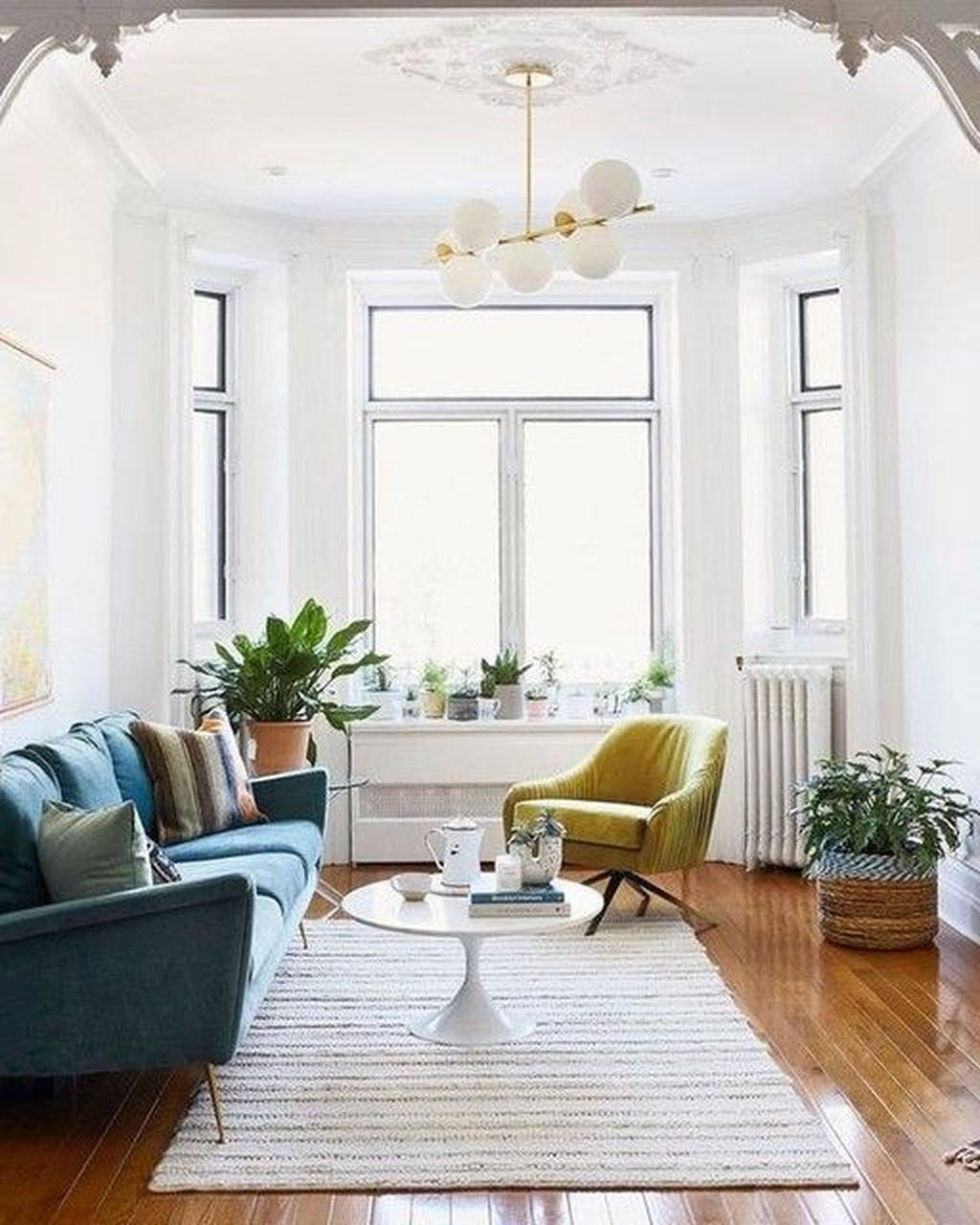 Graceful Living Room Design Ideas That You Need To Try 19