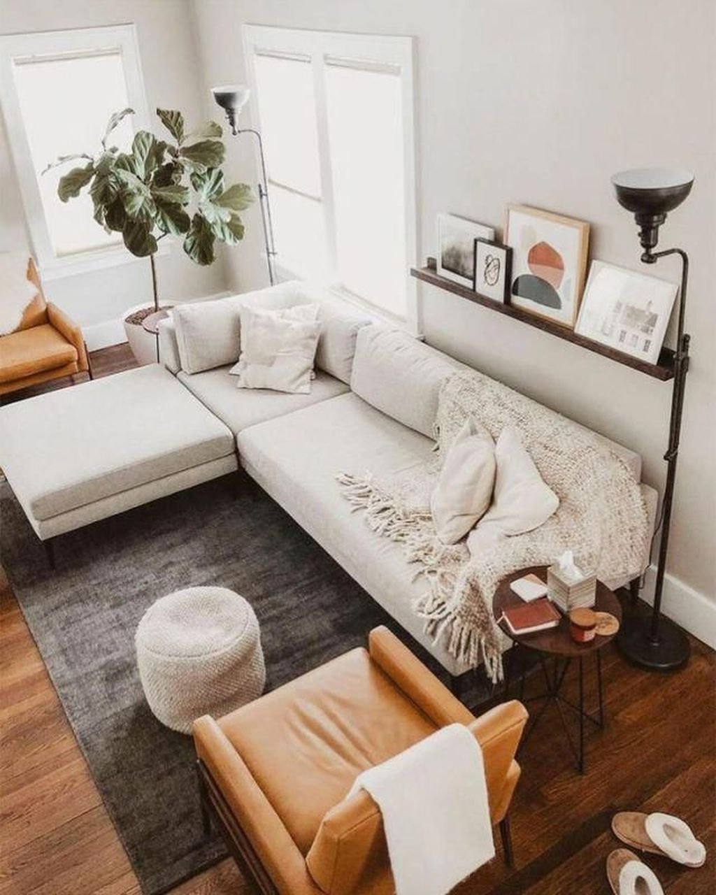 Graceful Living Room Design Ideas That You Need To Try 29