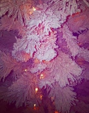 Sophisticated Pink Winter Tree Design Ideas That Looks So Cute 18