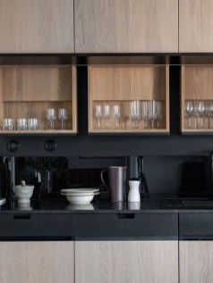 Extraordinary Black Backsplash Kitchen Design Ideas That You Should Try 13