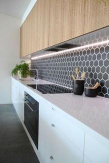 Extraordinary Black Backsplash Kitchen Design Ideas That You Should Try 32