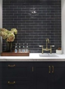 Extraordinary Black Backsplash Kitchen Design Ideas That You Should Try 33