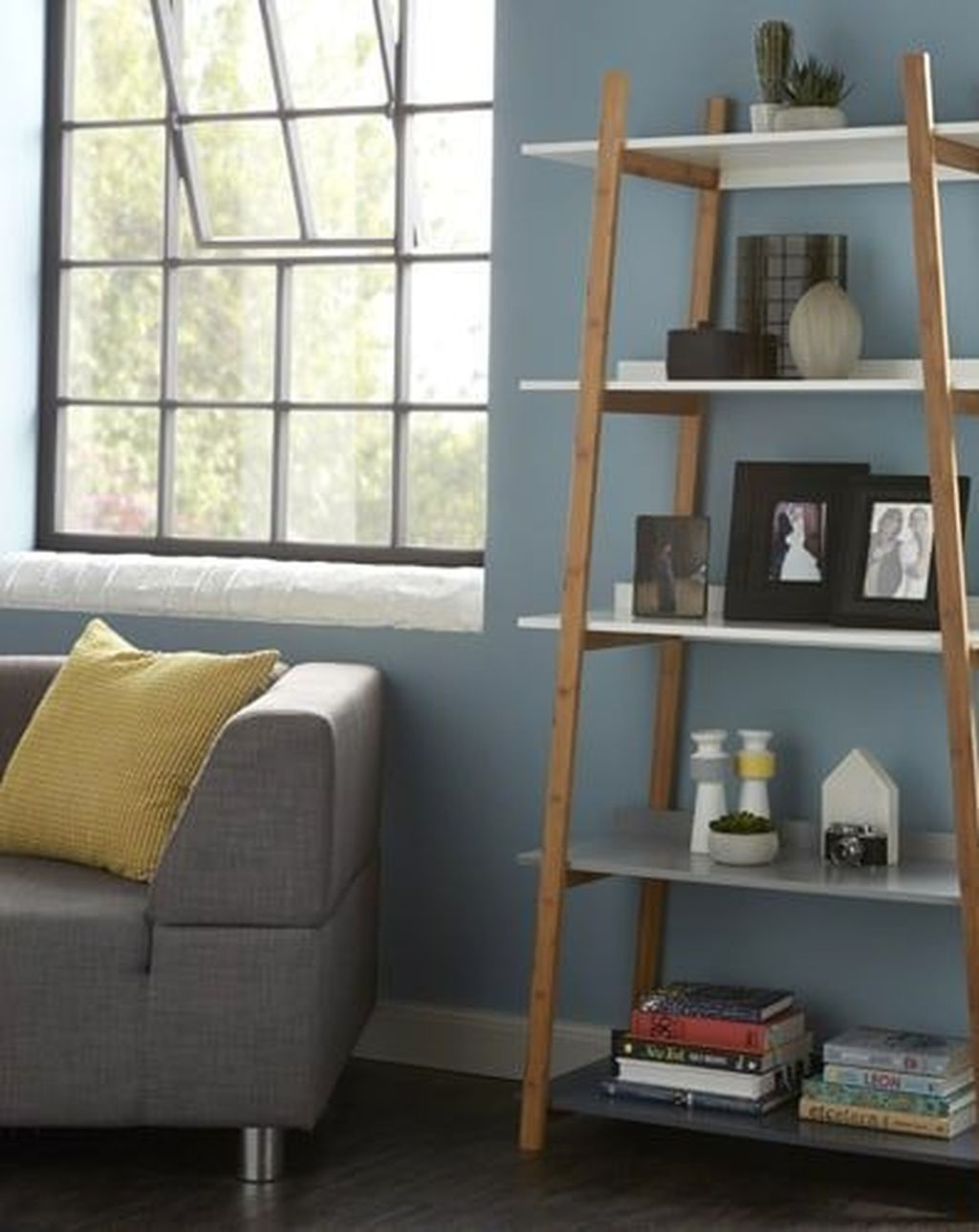 Interesting Living Rooms Design Ideas With Shelving Storage Units 39