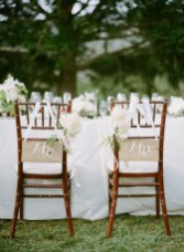 Magnificient Outdoor Wedding Chairs Ideas That Suitable For Couple 02