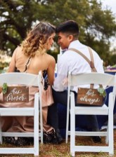 Magnificient Outdoor Wedding Chairs Ideas That Suitable For Couple 15
