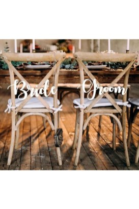 Magnificient Outdoor Wedding Chairs Ideas That Suitable For Couple 24
