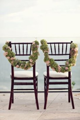 Magnificient Outdoor Wedding Chairs Ideas That Suitable For Couple 26