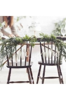 Magnificient Outdoor Wedding Chairs Ideas That Suitable For Couple 31