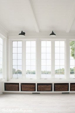 Perfect White Sunroom Design Ideas That Look So Awesome 34