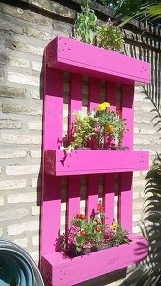 Splendid Recycled Planter Design Ideas That You Need To Try 26