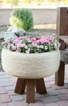Splendid Recycled Planter Design Ideas That You Need To Try 42