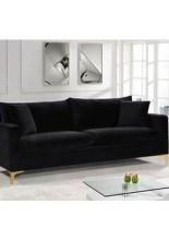 Unusual Black Living Room Design Ideas For More Enchanting 04