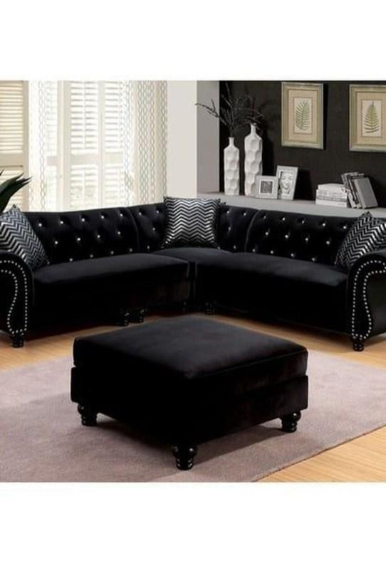 Unusual Black Living Room Design Ideas For More Enchanting 37