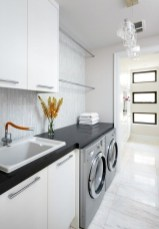 Wonderful Bright Laundry Room Designs Ideas That You Need To Try 08