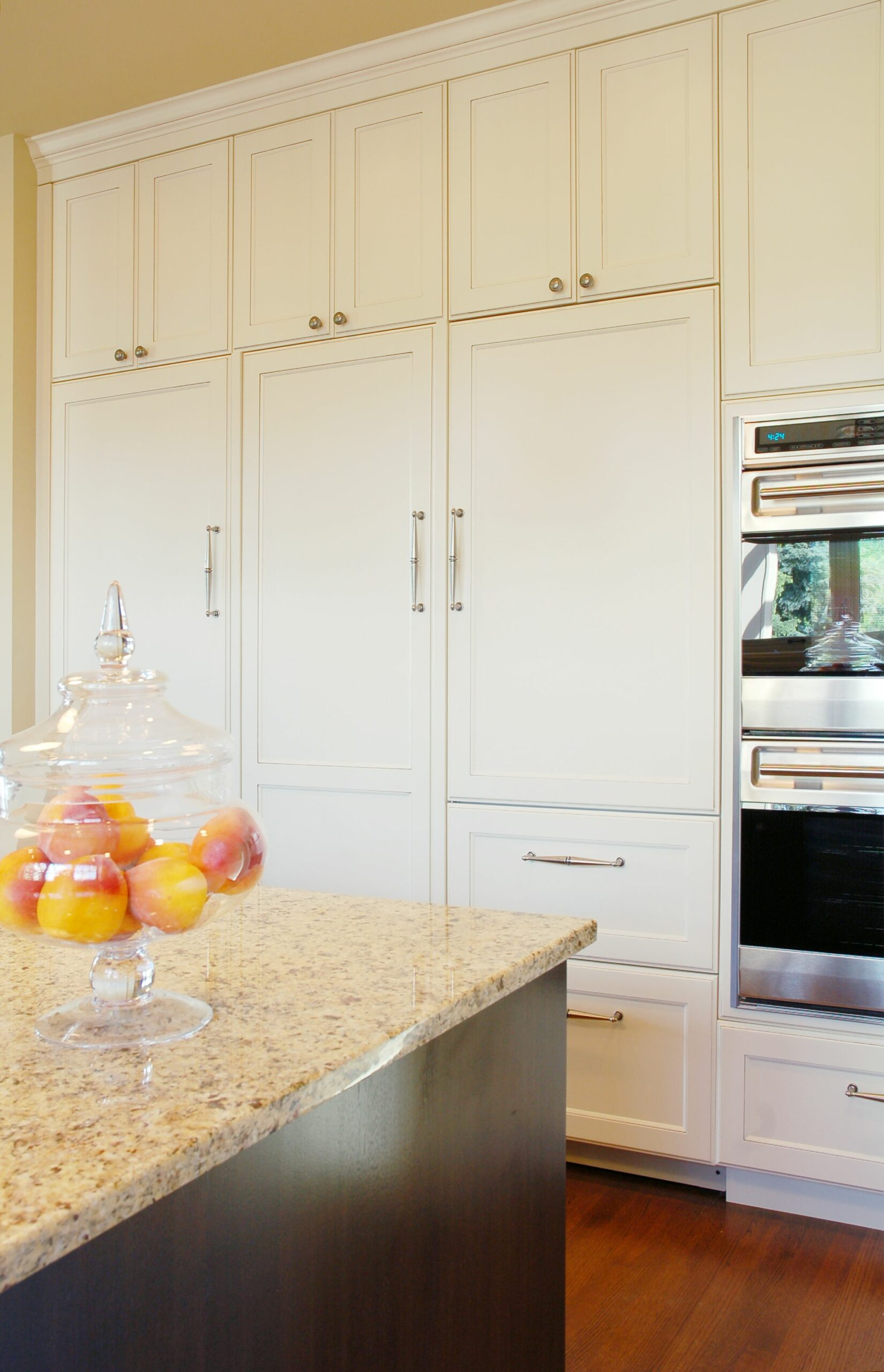 Tall Kitchen Cabinets With Doors