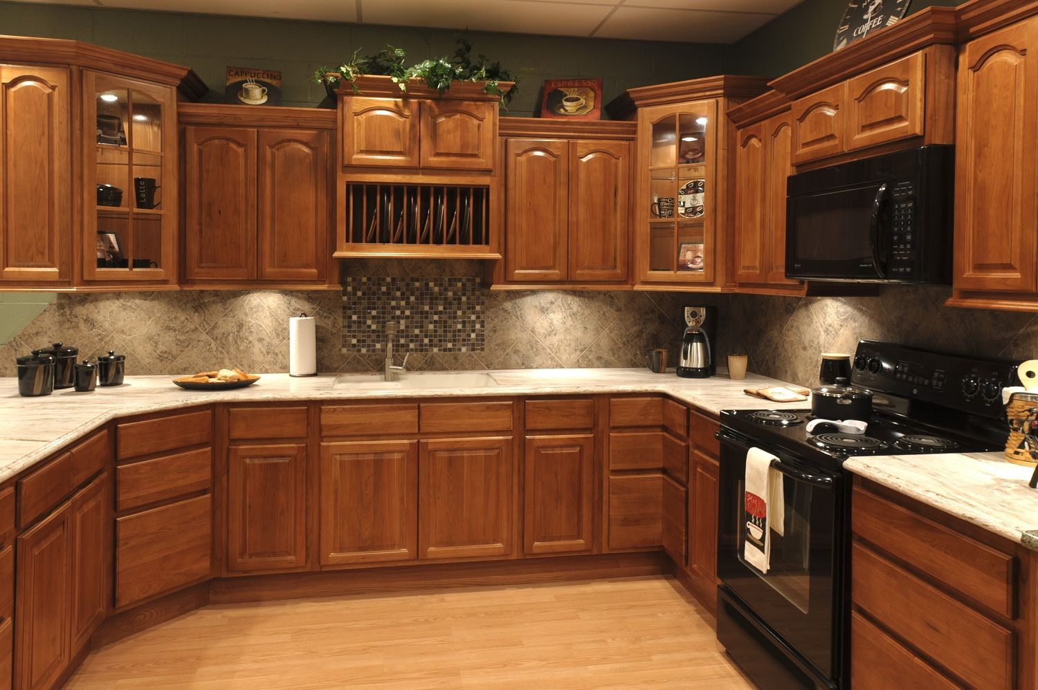 Pictures Of Beautiful Kitchens With White Cabinets