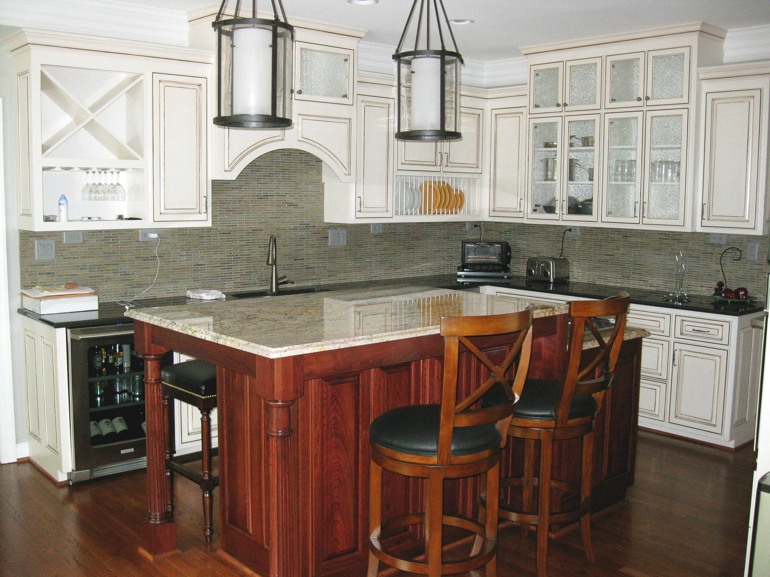White Transitional Kitchen Backsplash
