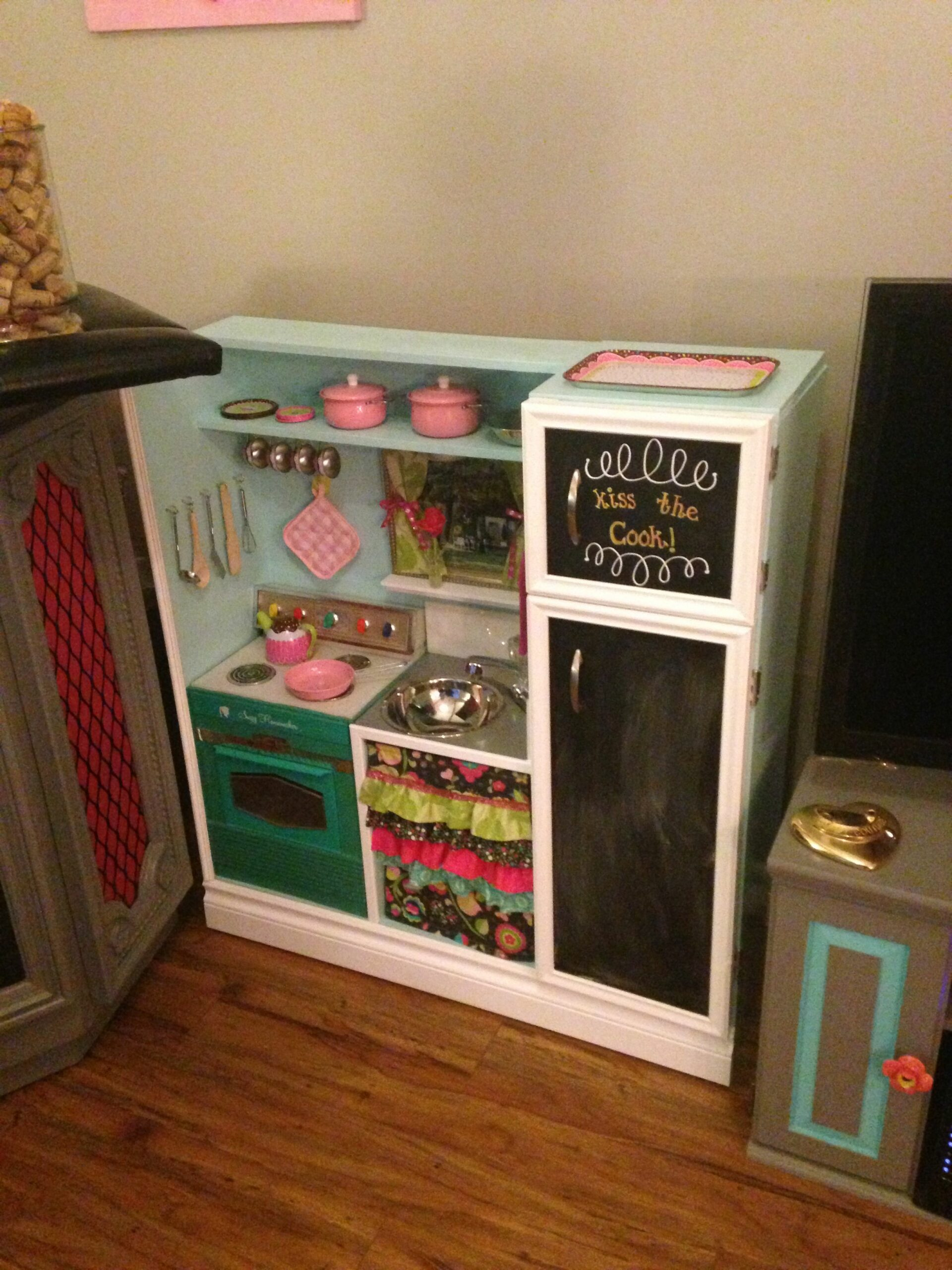 Best Wood Kitchens For Toddlers