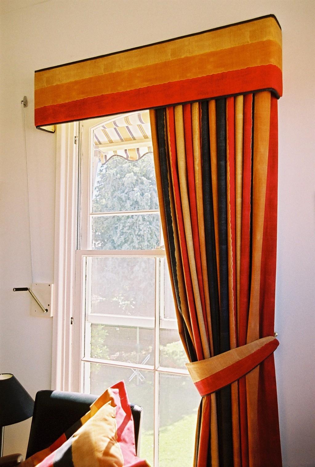 fruit kitchen curtains hotels with kitchens in portland oregon curtain holdbacks decorlinen com retro circles window extra long shower chinz