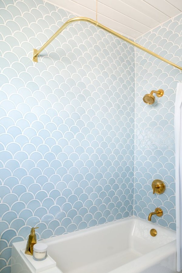 Blue Bathroom Scales: 15 Awesome Tile Ideas For Your Bathroom