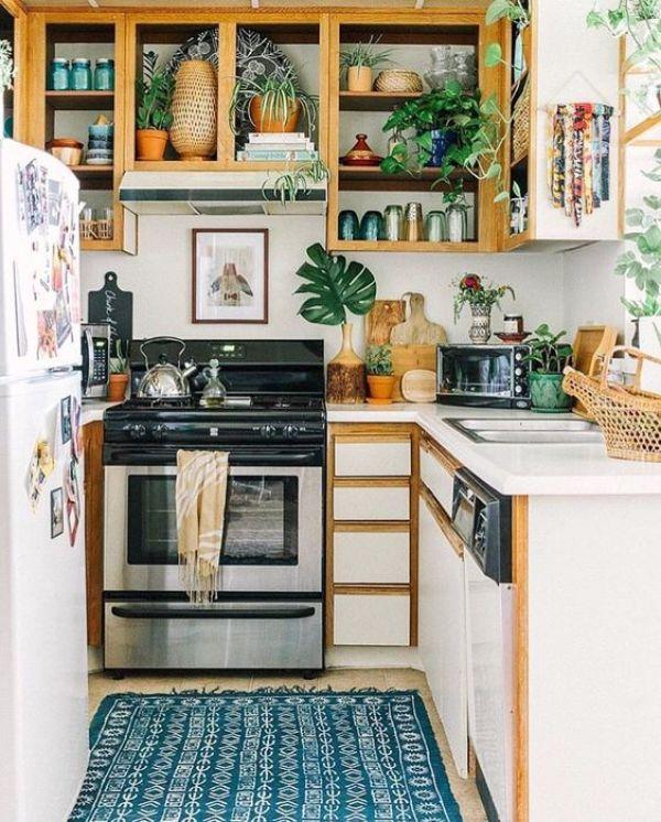 Small kitchens can be beautiful too. Mini boho kitchen inspiration