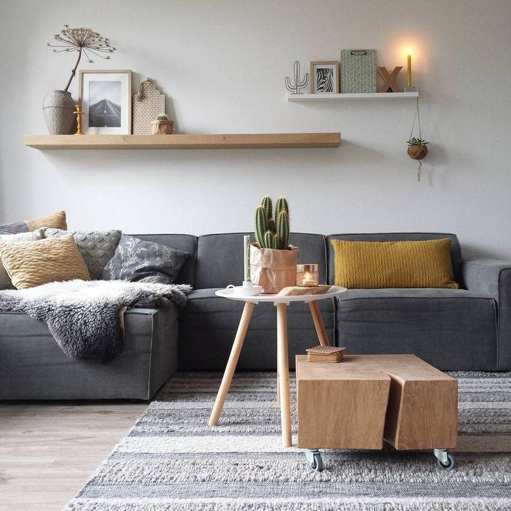 Furniture  Living Room  Grijze bank nu met okergele