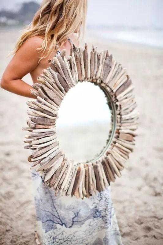 DIY – Driftwood Mirror Tutorial @ http://elenaarsenoglou.com/?p=8879