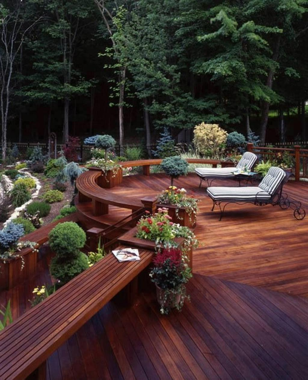 8 signs it s time to replace your deck