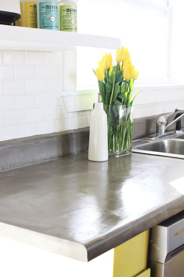 5 ideias impressionantes e baratas para transformar a pia velha da cozinha
