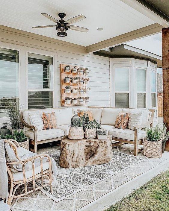 attractive farmhouse backyard ideas you