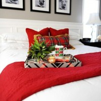40+ The Ugly Side Of Simple Farmhouse Christmas Bedroom Decor 6