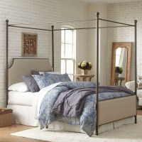 +33 Gorgeous Bedrooms With Canopy Beds