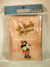 deluxe_minnie_mouse_passport_holder-2