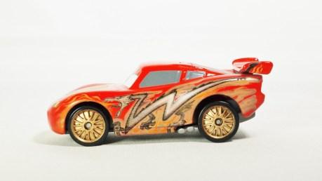 Tomica Disney Pixar Cars C-34 Lightning McQueen (TOON Tokyo Ver) - 01