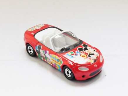 TOMICA-Disney-Mickey Mouse D-37 Club House Roaster Car - 04