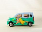 TOMICA_DISNEY-D-04-R_RR-Suzuki_Wagon_R_RR-Winnie_The_Pooh-GRN-01