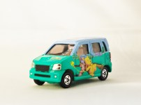 TOMICA_DISNEY-D-04-R_RR-Suzuki_Wagon_R_RR-Winnie_The_Pooh-GRN-02