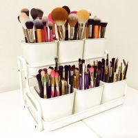 25+ Essentials Checklist to Store In Your Makeup Organization Vanity Desk