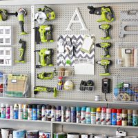 50+ Garage Organization Ideas For Cheap Garage Clutter Clearing That Will Save You Space 25