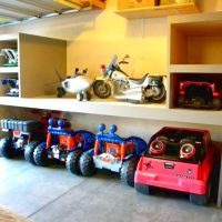 50+ Garage Organization Ideas For Cheap Garage Clutter Clearing That Will Save You Space 35