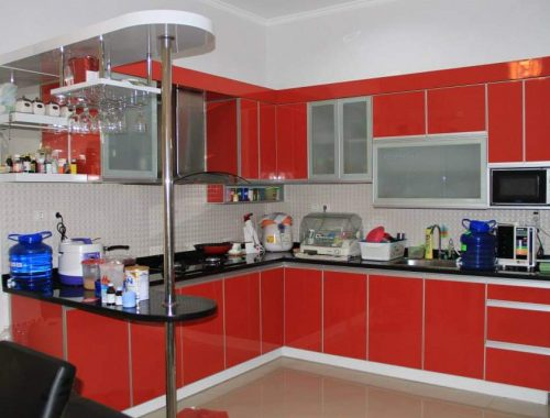model kitchen set aluminium merah