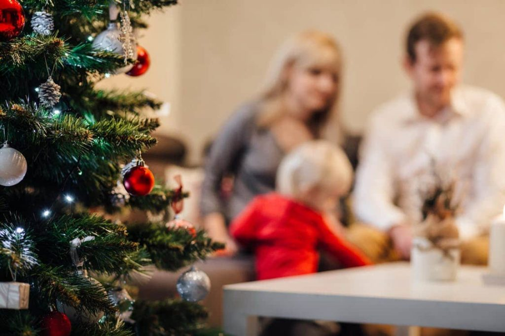 Croire Au Pere Noel Que Dire Aux Enfants L Avis De Maria