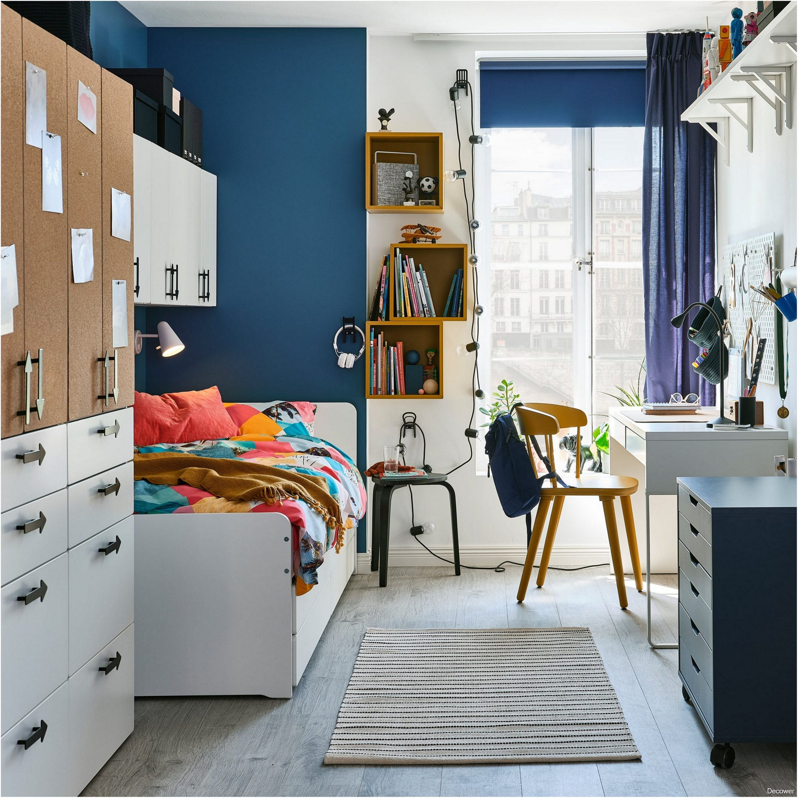Teenager Bedroom - For Creativity and Personality Everything Is There