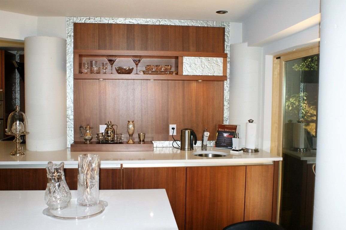 Kitchen cabinets can be the start of a great diy project. Cabinet Maker in North Vancouver, BC | +1 (604) 924-1898 ...