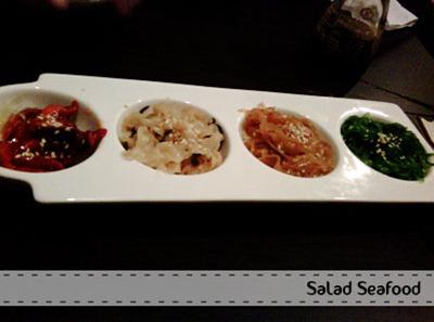 salad seafood - Santap Salmon Sushi di Nobu Bistro
