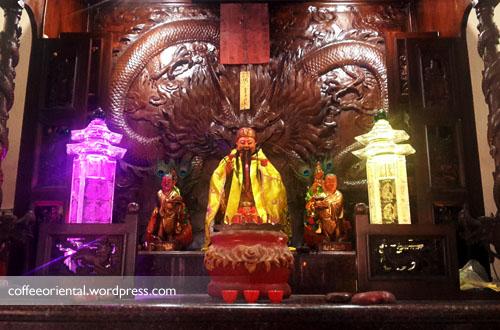 p03 - Tradisi dan Mitos Cap Go Meh Pulau Kemaro Palembang