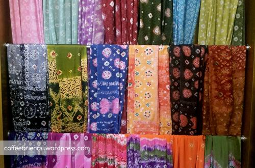 songket04 - Eloknya Budaya Tenun Kain Songket, Jumputan, dan Batik Khas Palembang