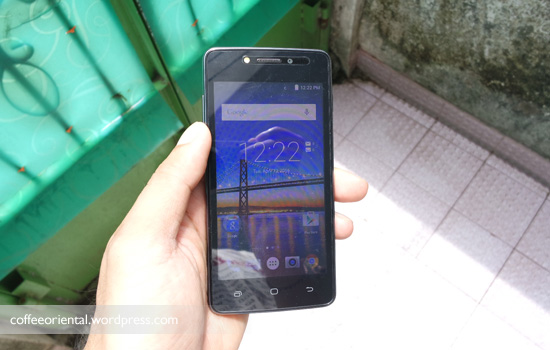 e2 16 - Review: Andromax E2 Ponsel Yahud Buat Streaming