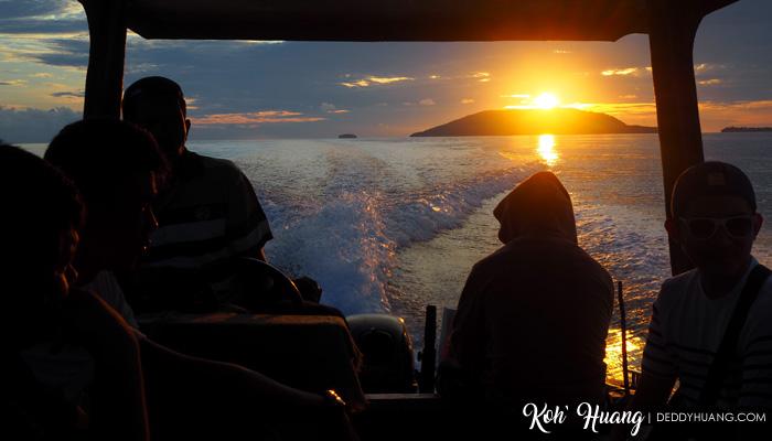 sunset raja ampat - Jelajah Raja Ampat: Puncak Wayag, Ikon Raja Ampat
