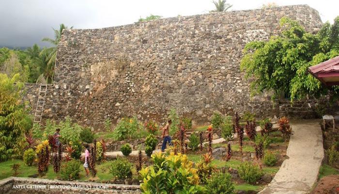 benteng tahula - Visit Tidore Island - Merekam Jejak Wisata Pulau Rempah